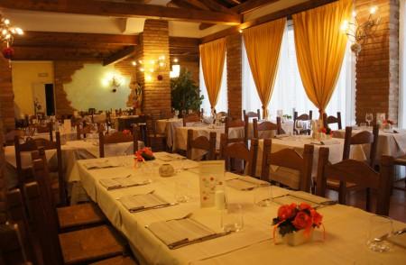 Ресторанти Calvenzano: Ресторант Il Giardino Dei Sapori