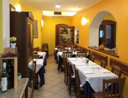 Ресторанти Treviglio: Ресторант Lo Scoglio