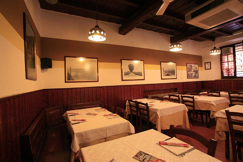 Ресторанти Cassano D'adda: Ресторант Vecchio Fiume