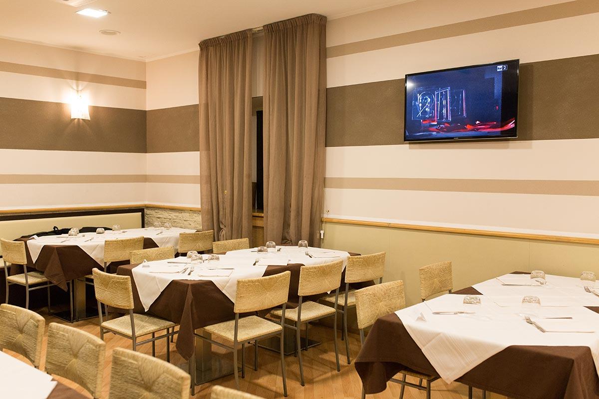 Ресторанти Urgnano: Ресторант Vicolo Antico